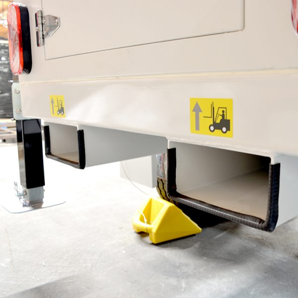 AL2300 - Callout Image for Website - Forklift Point